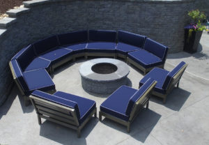 Stoneledge Fire Pit & Stoneledge Wall in Granite