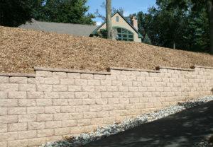 Regal Stone Pro RockFace Wall in Coastal Tan