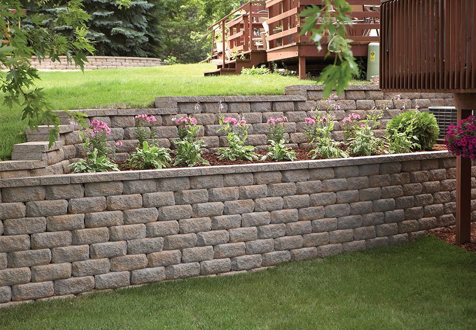 Regal Stone RockFace Wall in Palmetto