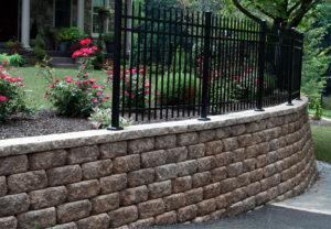 Regal Stone RockFace Wall in Coastal Tan