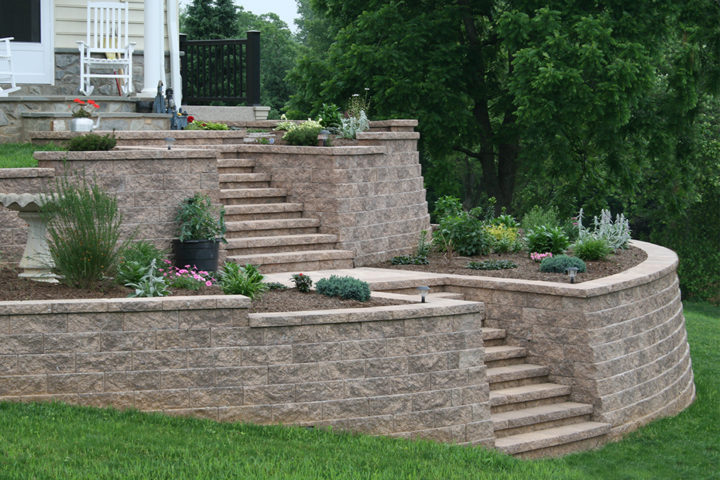 Regal Stone Straight Wall in Coastal Tan