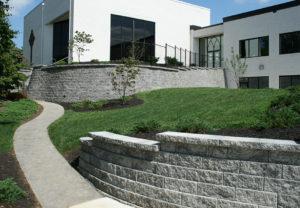 Regal Stone Straight Wall in Granite
