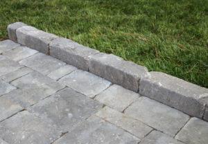 Edgestone in Granite