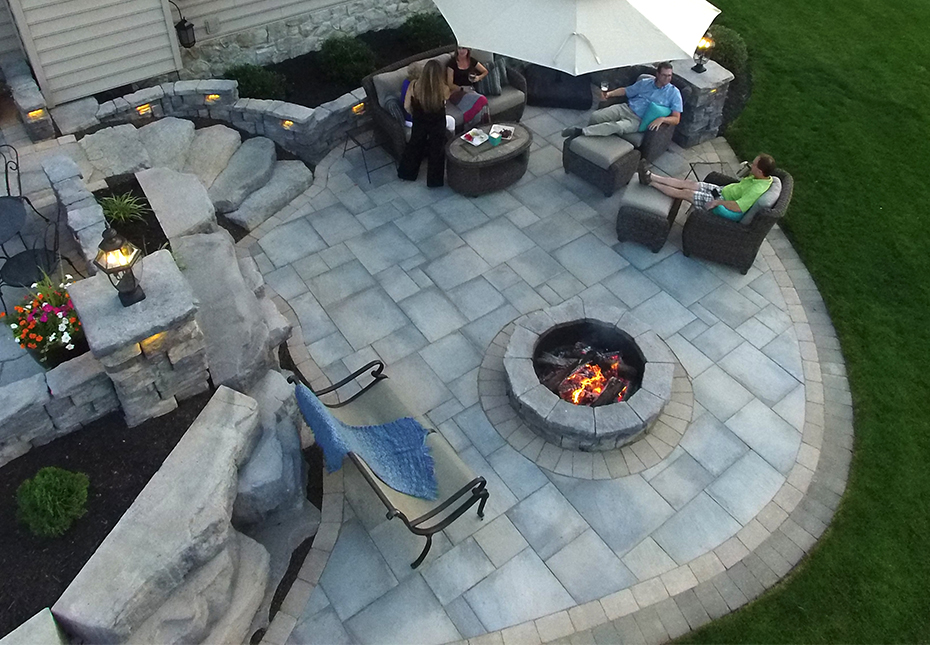 Rosetta Dimensional Flagstone, Outcropping Wall, Belvedere Wall, Belvedere Fire Pit & Irregular Steps in Canyon