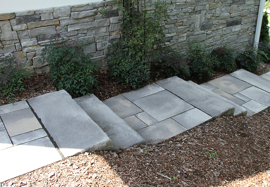 Rosetta Dimensional Flagstone & Dimensional Steps in Canyon
