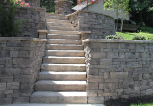 Rosetta Dimensional Steps & Belvedere Wall in Saddle