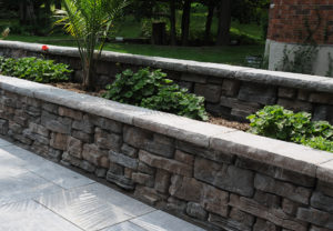 Rosetta Belvedere Wall & Dimensional Coping in Canyon