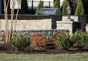 StoneLedge Wall in Fieldstone