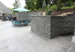 StoneLedge Wall in Granite