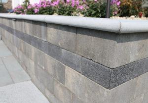 Stonegate Contemporary Wall in Fieldstone