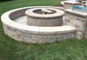 Napa Wall & Stoneledge Fire Pit in Mesquite