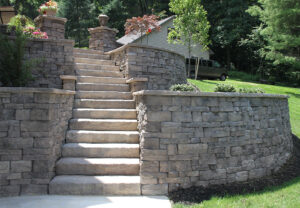 Belvedere Wall & Dimensional Steps in Saddle