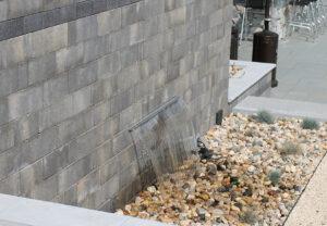 Stonegate Contemporary in Fieldstone